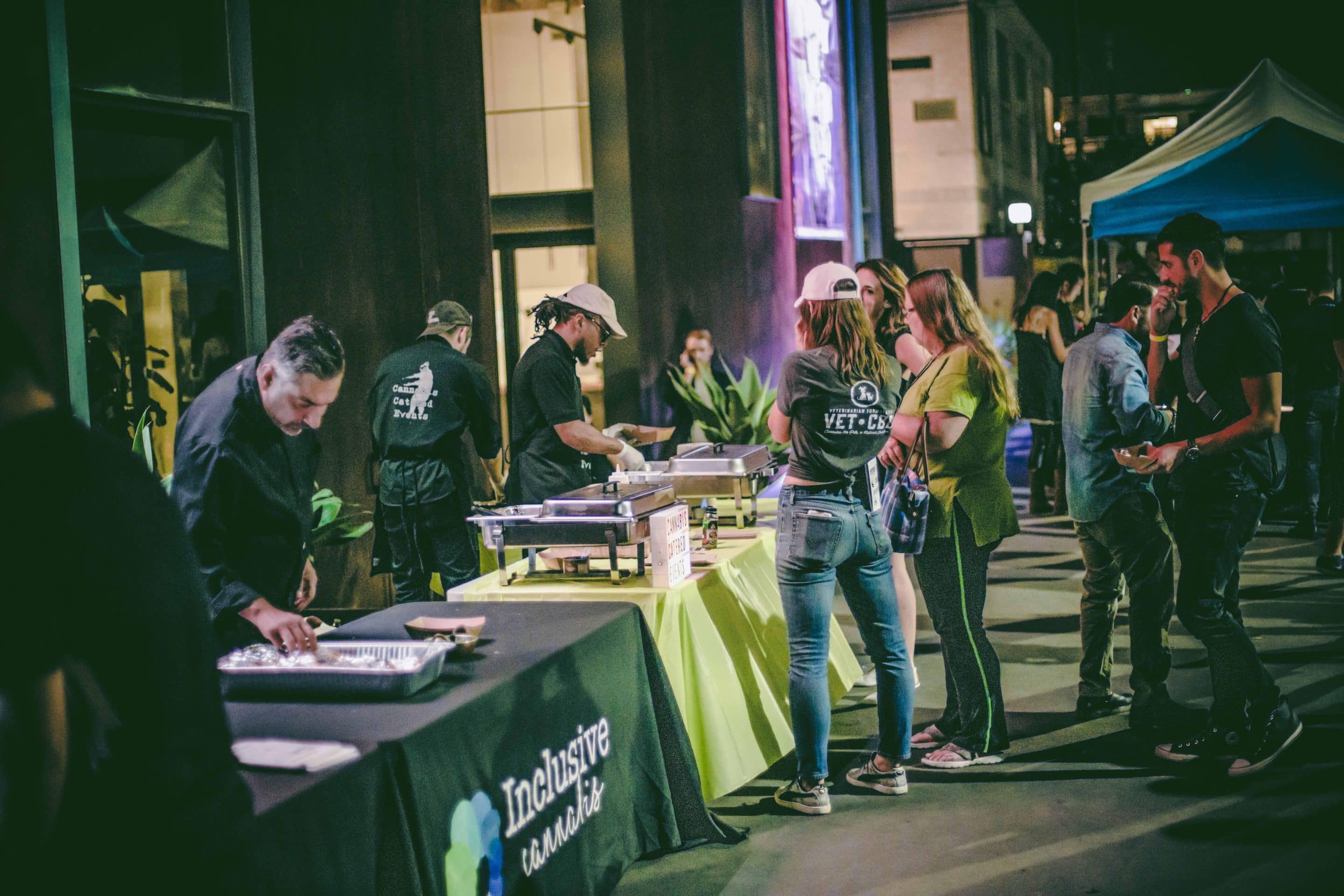 Before the talks began, attendees could eat some food and check out cannabis-related products in front of the museum.